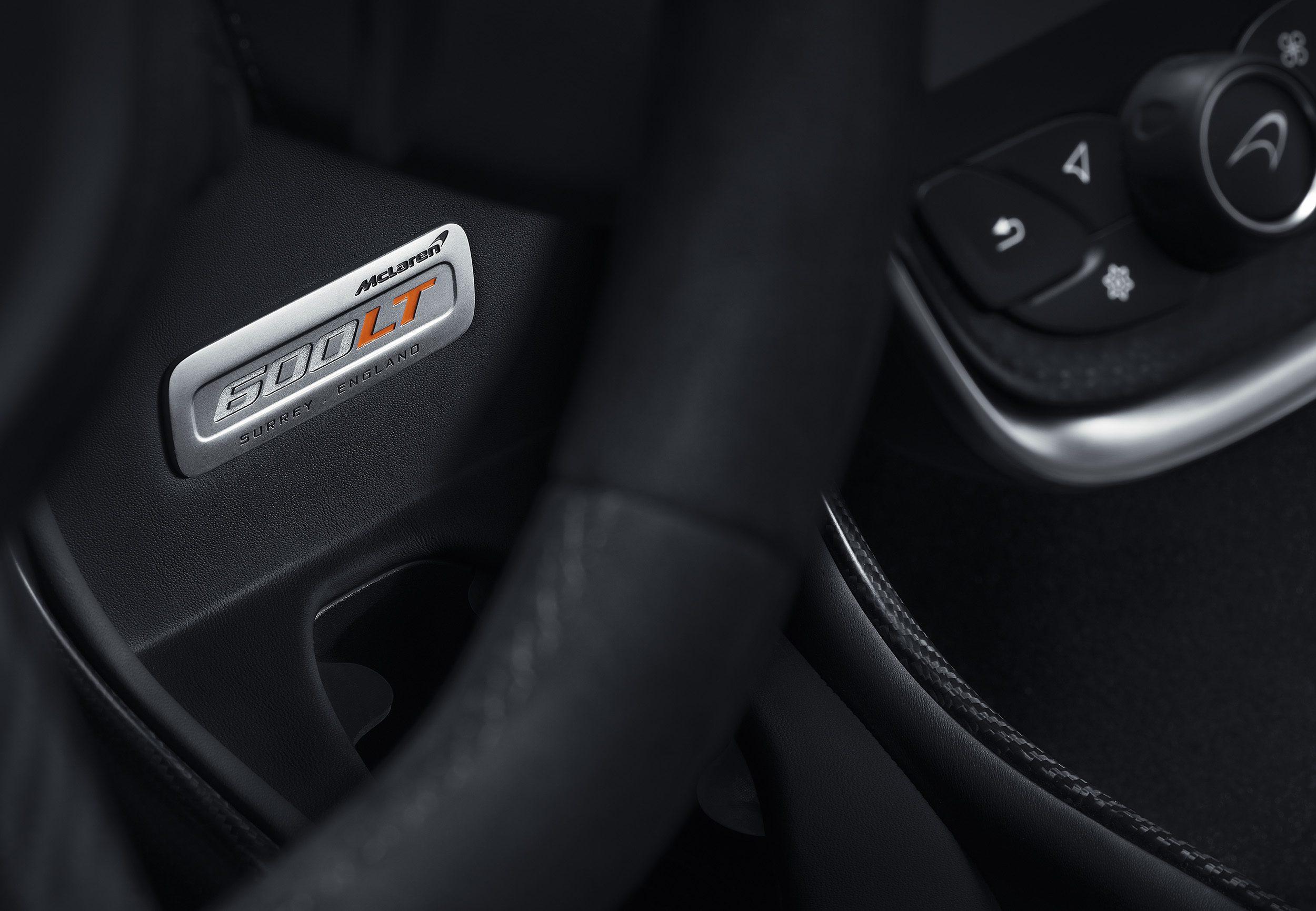 McLaren_600LT_Spider_Louwman_Exclusive_Interior-1
