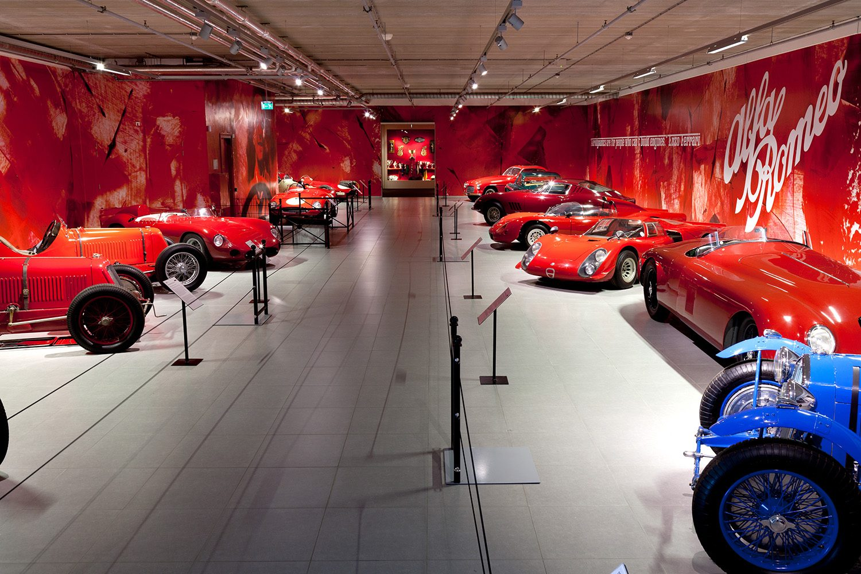 Louwman_Museum_Louwman_Exclusive_Intro2