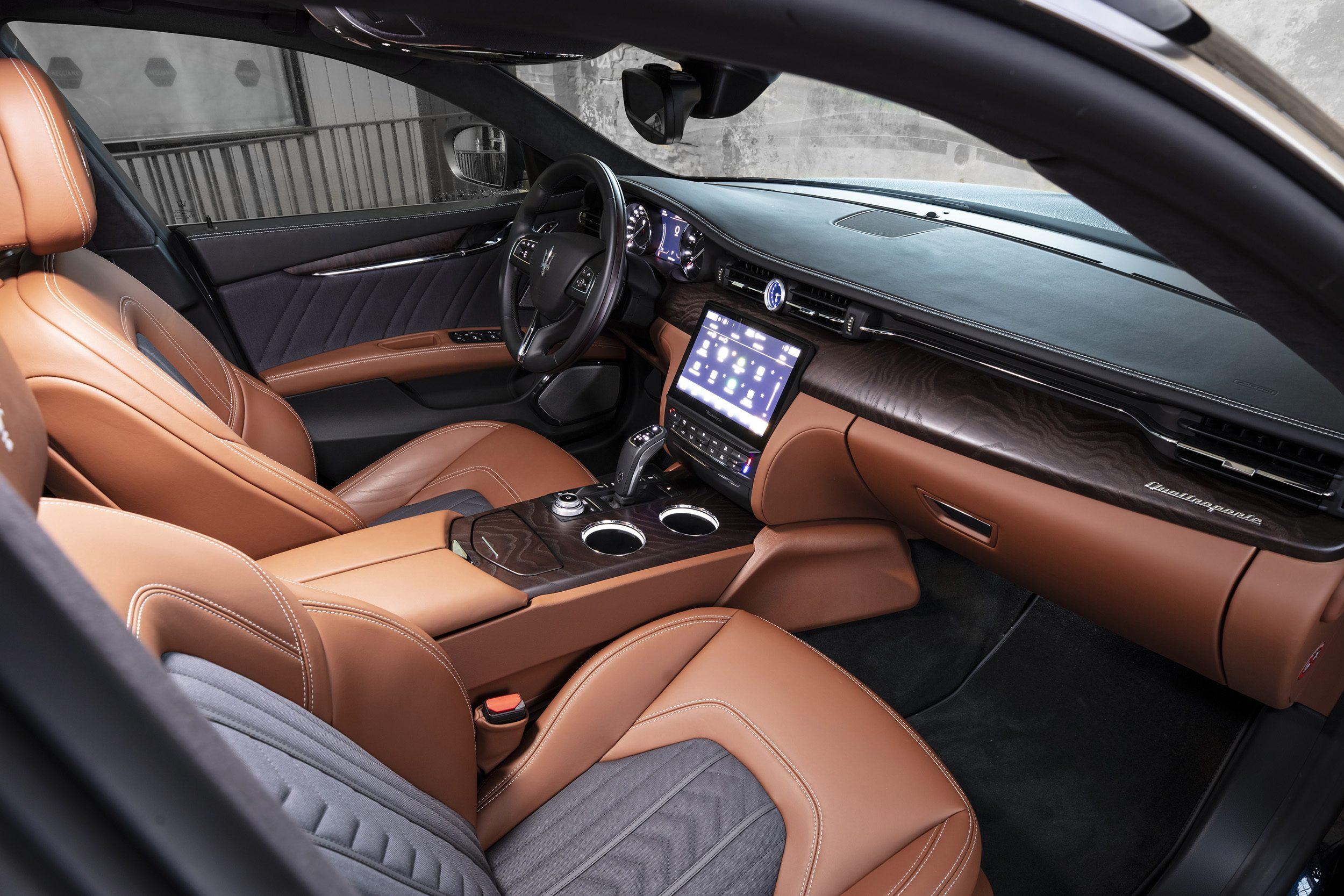 Maserati_Quattroporte_Louwman_Exclusive_Interior1