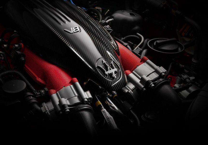 Je kiest bij een Maserati Ghibli voor een V6- of V8 motor