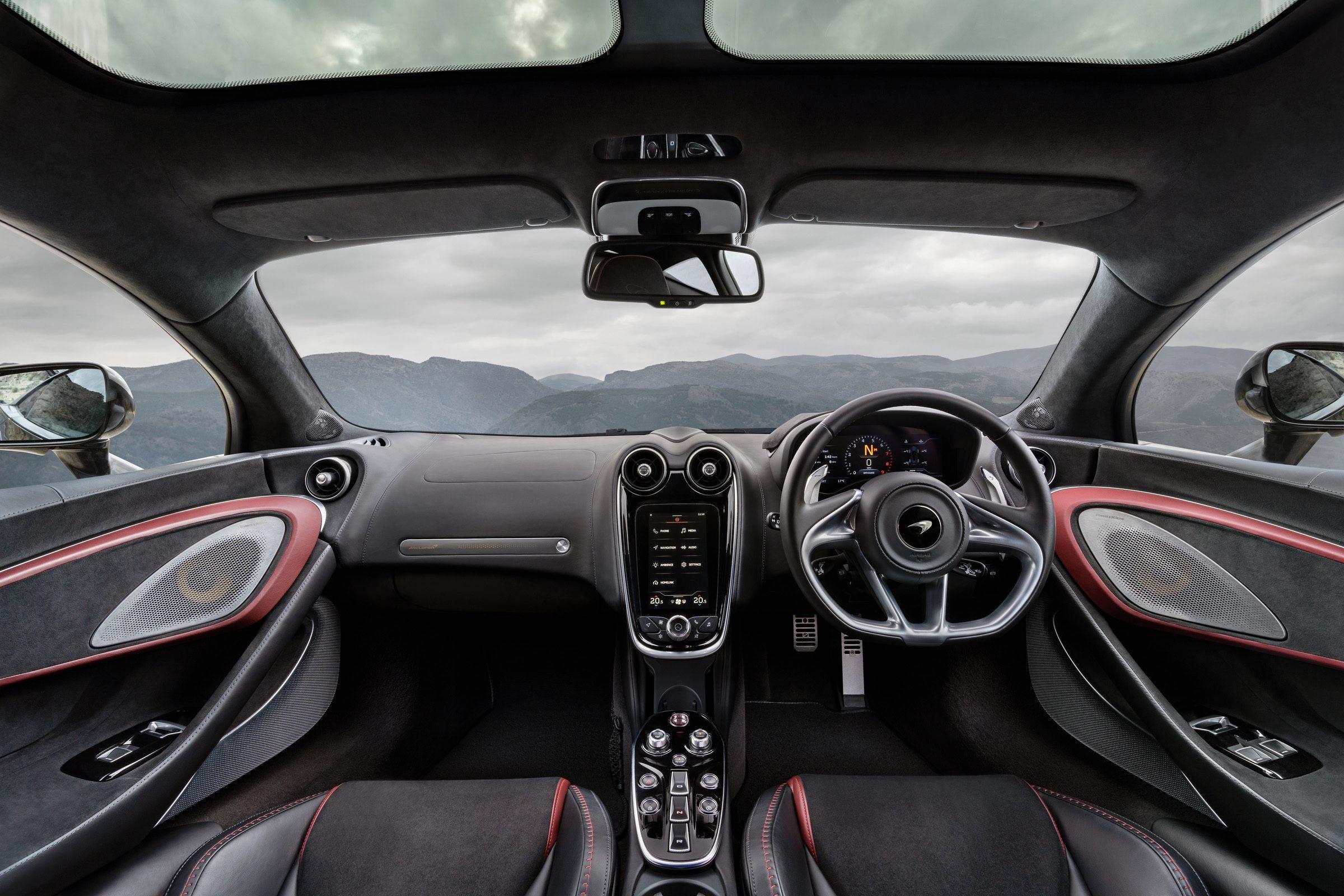 McLaren_GT_Louwman_Exclusive_Interior1