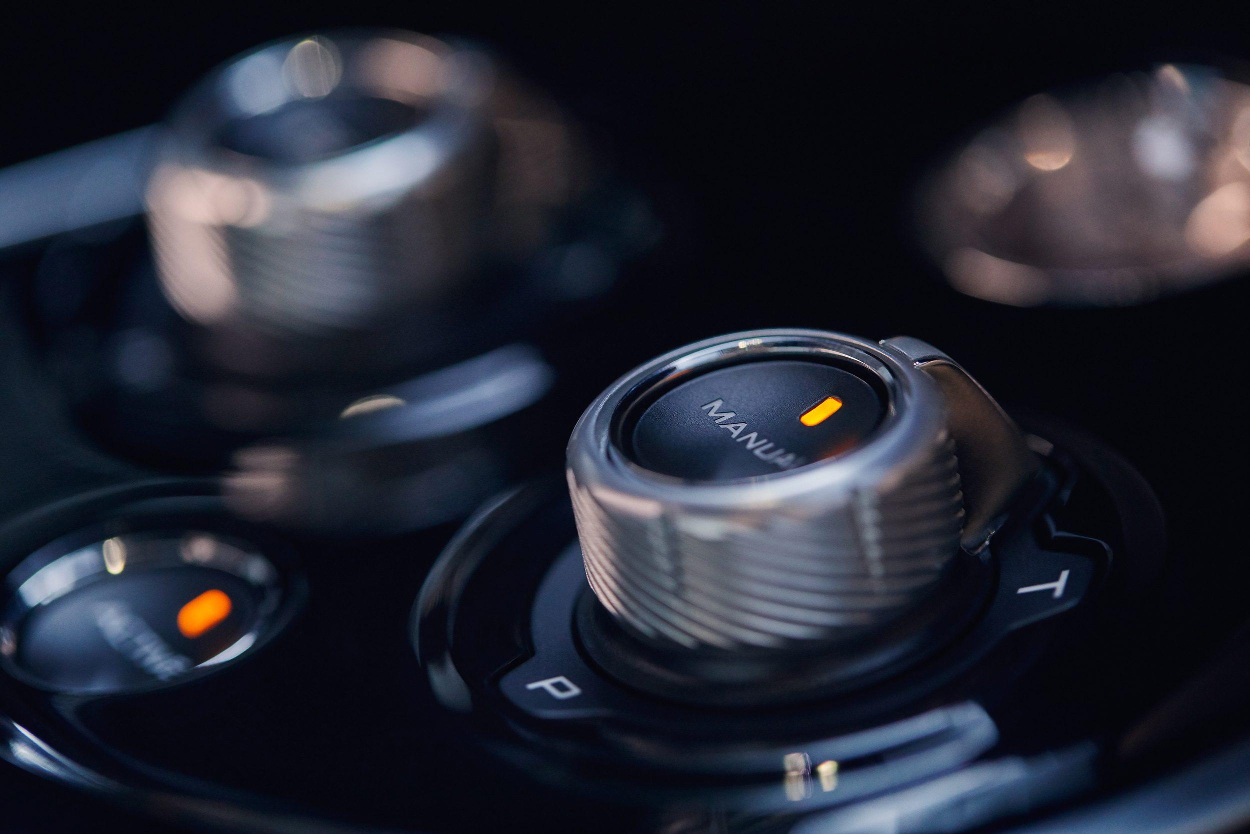 McLaren_GT_Louwman_Exclusive_Interior2
