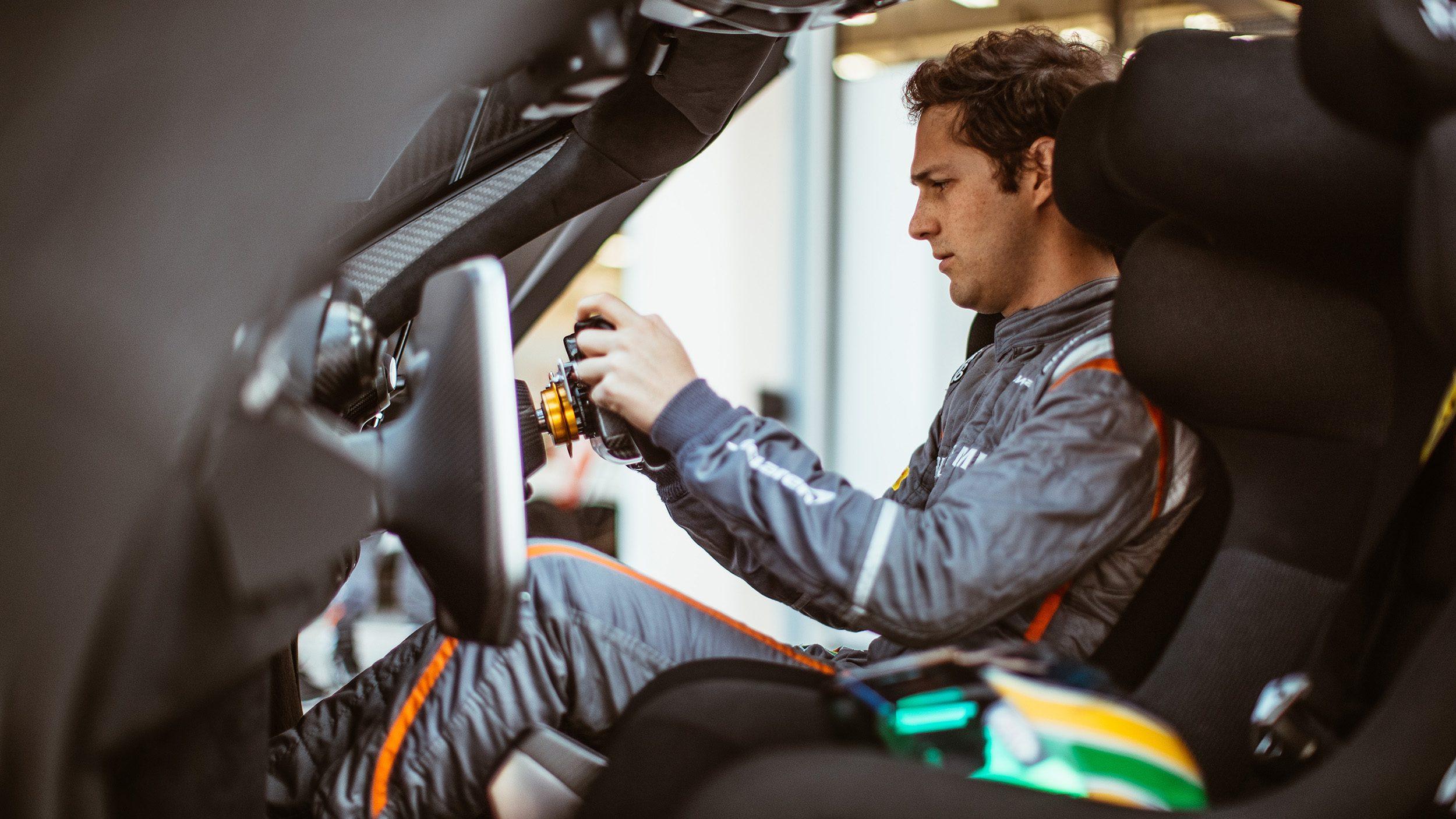McLaren_Senna_GTR_Louwman_Interior1
