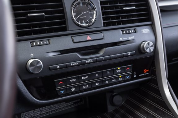 Lexus RX 450h 4WD President Line | Mark Levinson | Head Up Display | Stoelverwarming | Stoelkoeling | – Foto 9