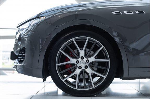 "Maserati Levante 3.0 V6 D AWD   Louwman Exclusive geleverd   Sunroof   Harman Kardon   21"" Wheels – Foto 8"