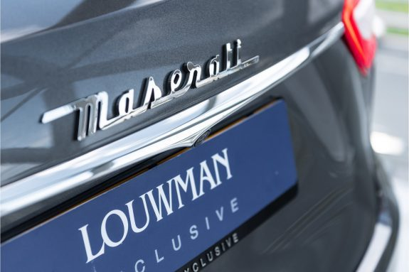 "Maserati Levante 3.0 V6 D AWD   Louwman Exclusive geleverd   Sunroof   Harman Kardon   21"" Wheels – Foto 12"