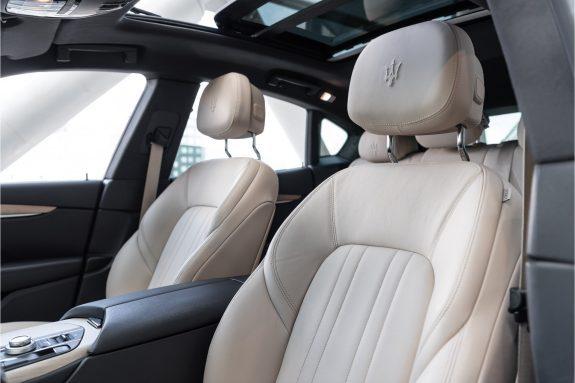 "Maserati Levante 3.0 V6 D AWD   Louwman Exclusive geleverd   Sunroof   Harman Kardon   21"" Wheels – Foto 28"