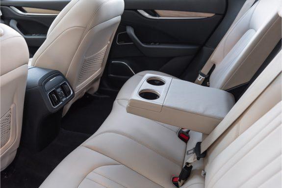 "Maserati Levante 3.0 V6 D AWD   Louwman Exclusive geleverd   Sunroof   Harman Kardon   21"" Wheels – Foto 32"