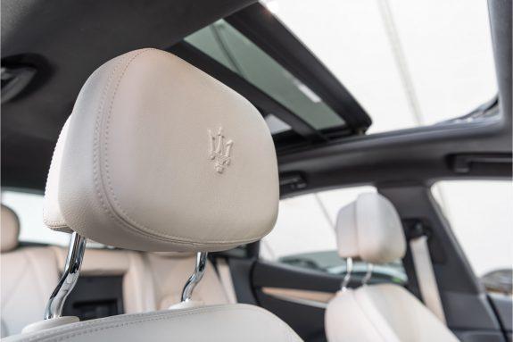 "Maserati Levante 3.0 V6 D AWD   Louwman Exclusive geleverd   Sunroof   Harman Kardon   21"" Wheels – Foto 34"