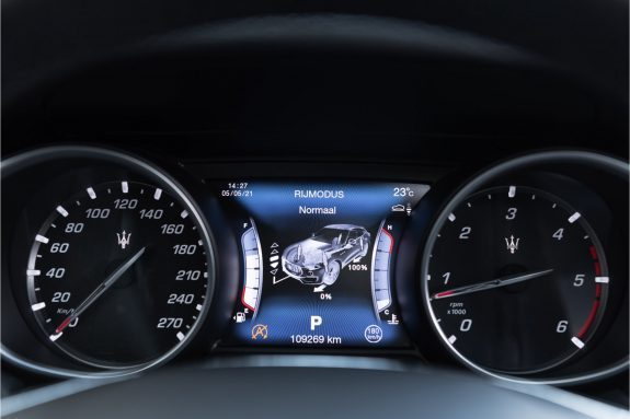 "Maserati Levante 3.0 V6 D AWD   Louwman Exclusive geleverd   Sunroof   Harman Kardon   21"" Wheels – Foto 35"