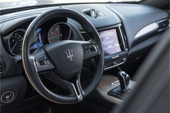 "Maserati Levante 3.0 V6 D AWD   Louwman Exclusive geleverd   Sunroof   Harman Kardon   21"" Wheels – Foto 36"