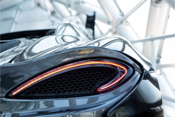 McLaren 570S Spider 3.8 V8 | Noselift | Speed Yellow Accents | – Foto 25